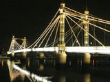 Albert Bridge's Trembling Lady