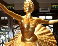 The Pavlova Statue